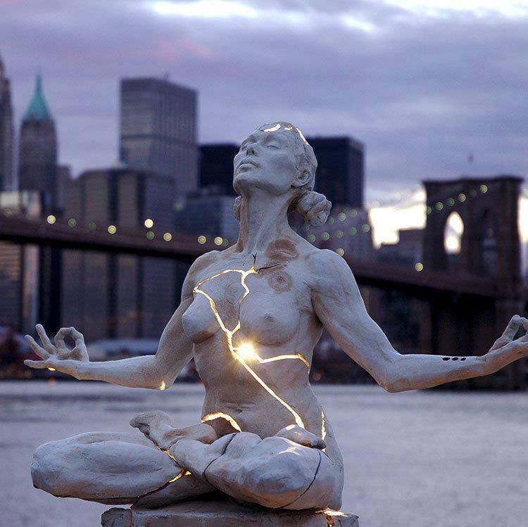 corps de lumière et corps decailles